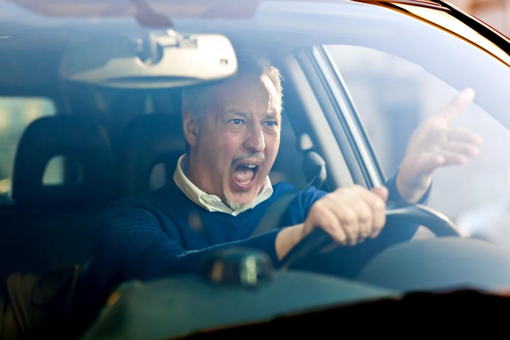 pour éviter les embouteillages sur la route des vacances, mieux vaut préparer son trajet à l'avance