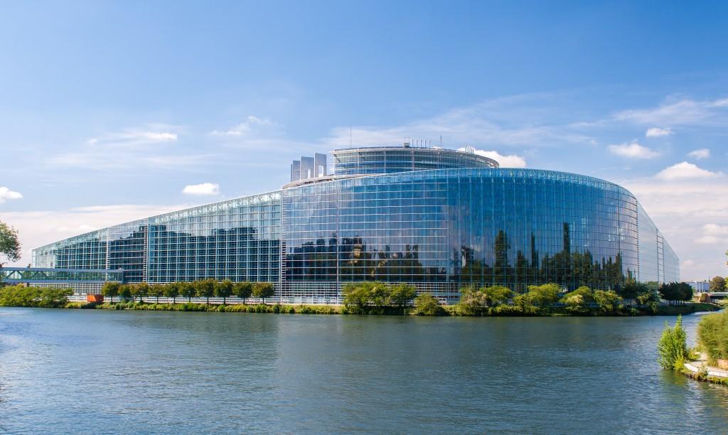 Strasbourg est la Capitale de l'Europe grâce aux institutions européennes qu'elle abrite, comme ici le Parlement Européen