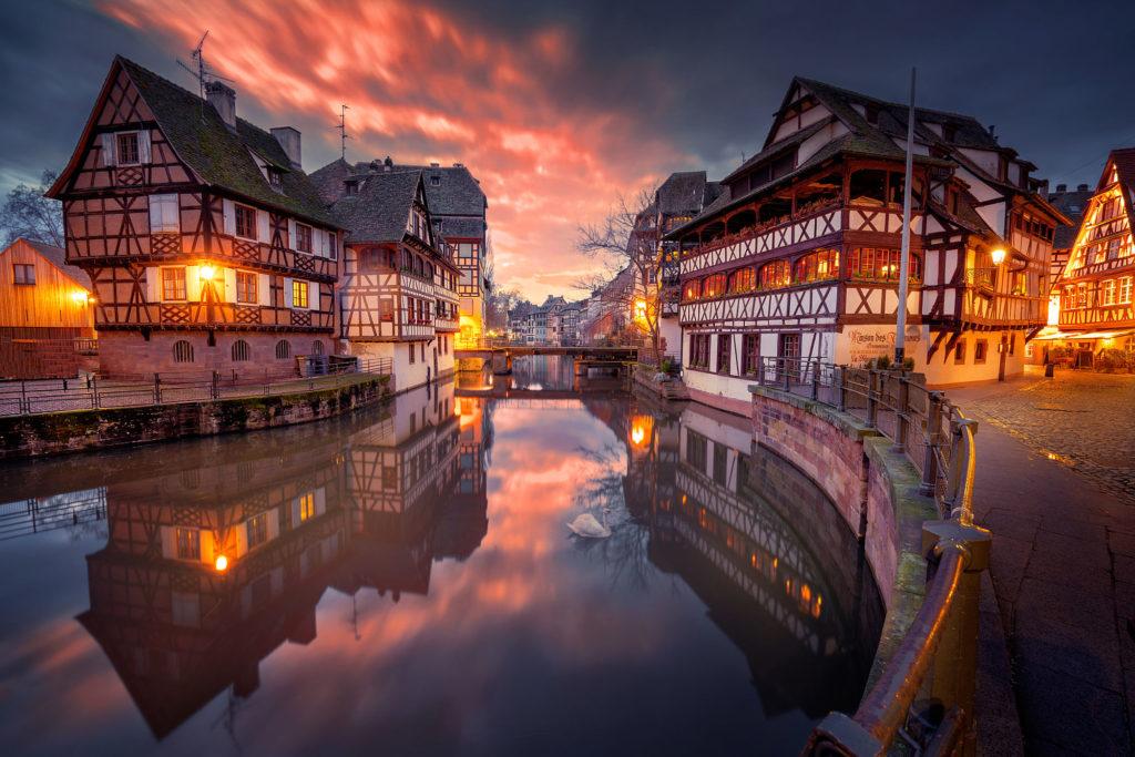 Depuis toute la France, louez un véhicule à destination de Strasbourg